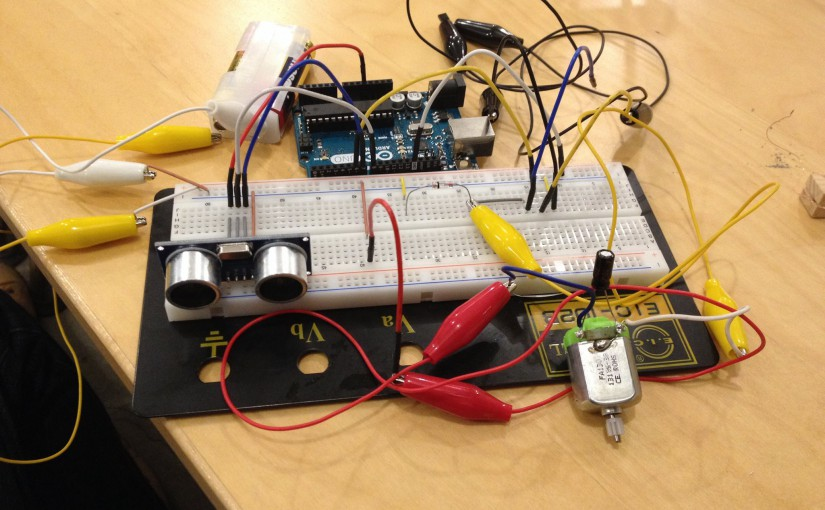 IoTデバイス間ネットワークの設計について研究しています